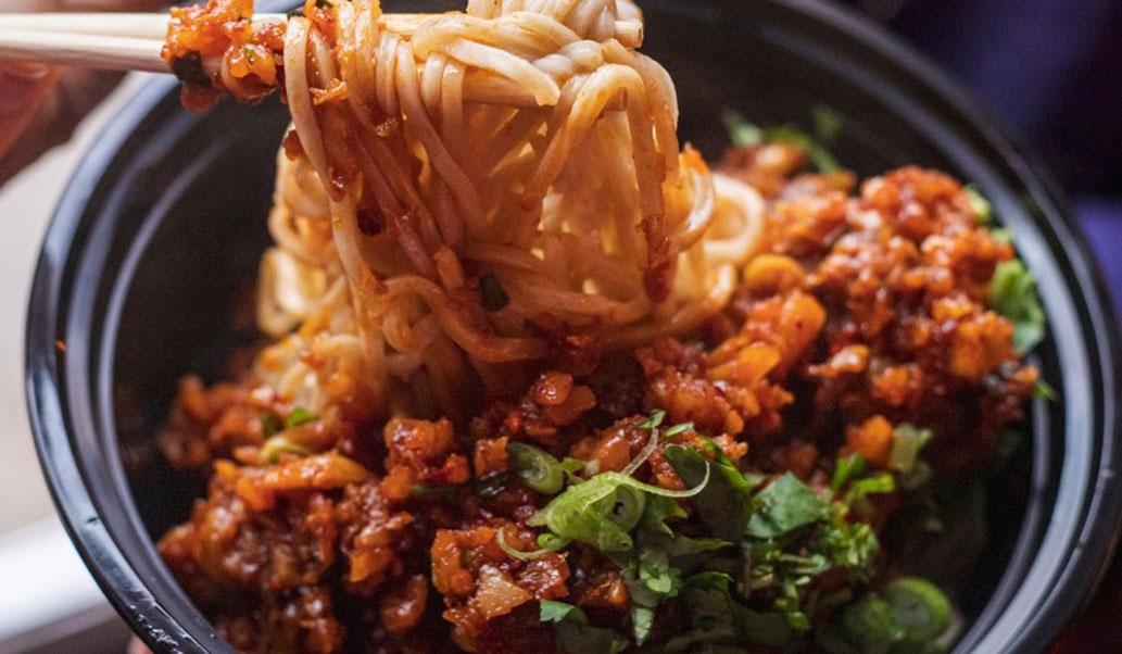 Spicy Peanut Garlic Noodles